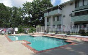 Courtyard Estates Apartments in Colorado Springs